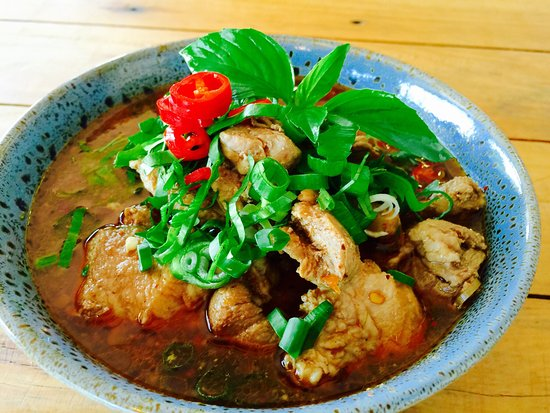 Edge Hill, Australia: Samgasat Thai Cuisine by Tom