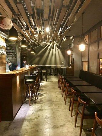 Pappy Bar & Bistro, Makati - Restaurant Reviews, Phone ...