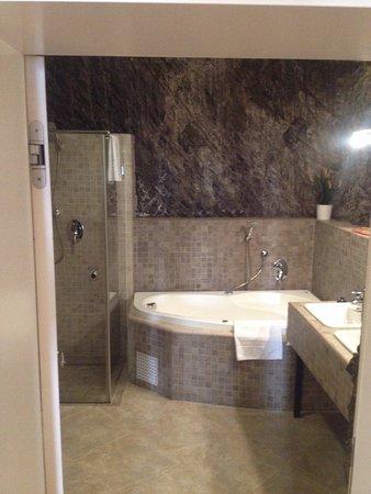 Hoffmeister & Spa: Bagno camera da letto