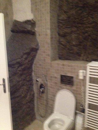 Bagno camera da letto e vista sulla strada - Picture of Hotel ...