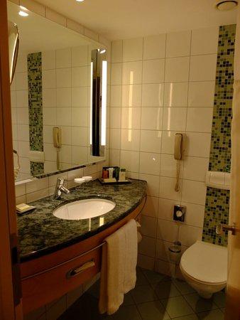 Gambar Hilton Vienna