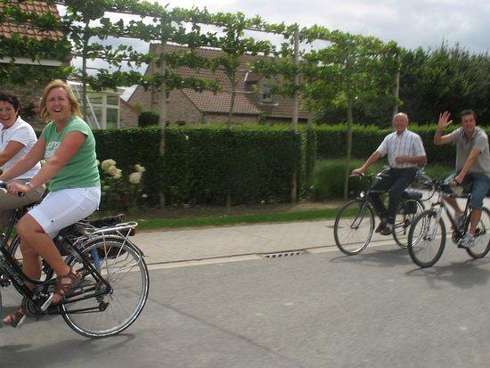 Poelkapelle, België: cyclists