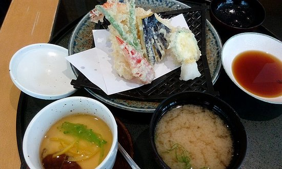 Basho-An: HINAMATSURI Mittagsmenü 3/4