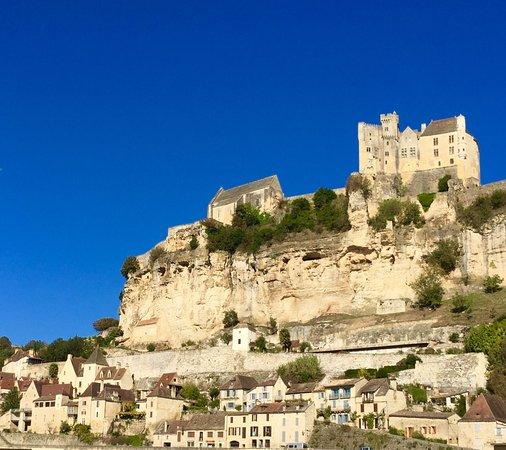 Beynac-et-Cazenac, France: Le village de Beynac, plus beau village de France