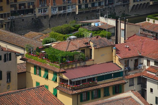 Hotel Hermitage: L'hôtel avec sa terrasse