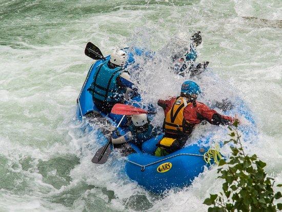 Murillo de Gallego, España: Emoción y adrenalina en la actividad de Rafting