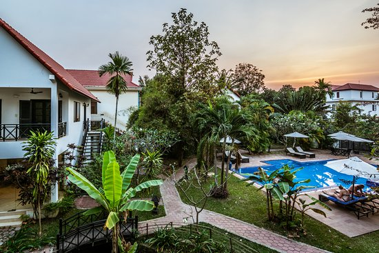Community Residence Siem Reap: Hotel swimming view