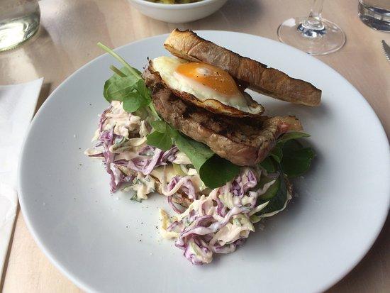 Boat Shed Cafe: Nice Steak Sandwich!!