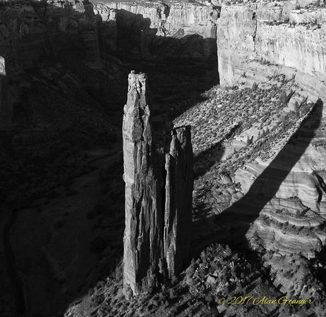 Canyon de Chelly National Monument: Spider Rocl