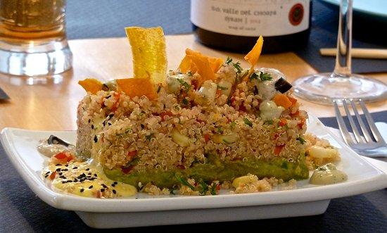 Pacifico y Sur: Ensalada de Quinoa y aguacate