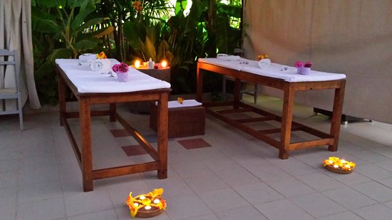 MASSAGE UNDER THE STARS - Bali Resort Day Spa - Couple Massage - MASSAGE UNDER THE STARS