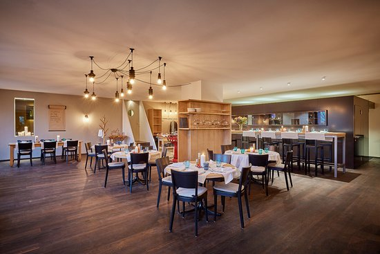 bistro im restaurant rigiblick z rich restaurant bewertungen telefonnummer fotos tripadvisor. Black Bedroom Furniture Sets. Home Design Ideas
