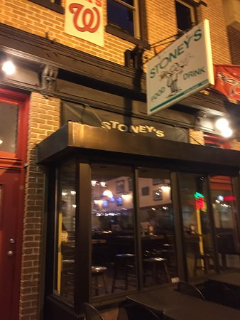 Photo of American Restaurant Stoney's Bar and Grill at 1433 P St Nw, Washington, DC 20005, United States