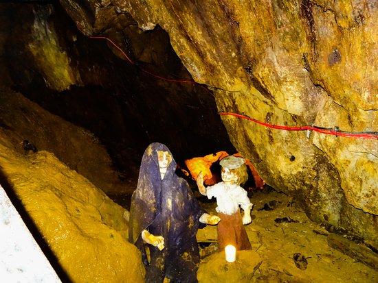 Sygun Copper Mine : Scary children