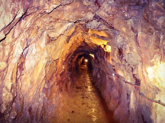 Sygun Copper Mine : Tunnel