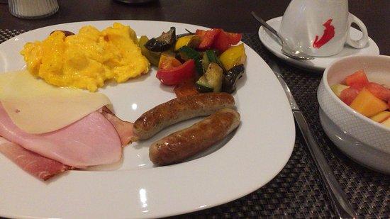 Hotel Royal: 朝食(ビュッフェ形式)