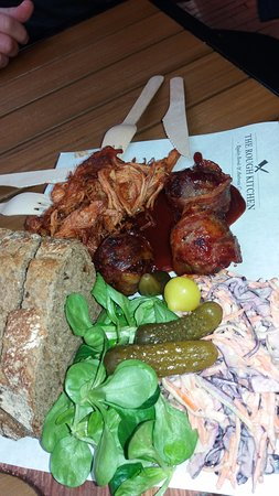 Foodhallen: Hot plate pulled pork - The Rought Kitchen MAGNIFIC !!