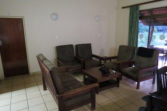Satara Rest Camp: woonkamer