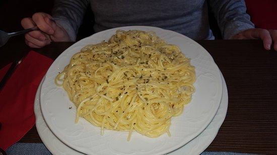 Gries im Sellrain, Austria: Espaguetis gorgonzola muy buenos!