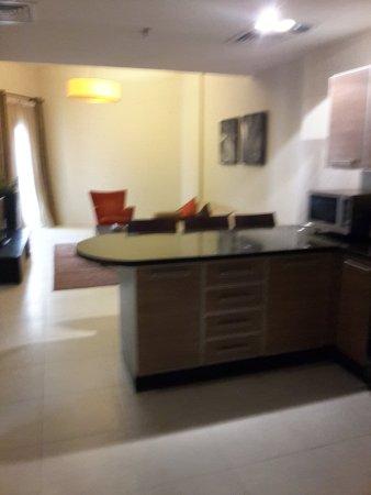 Lotus Grand Hotel Apartments: 20170301_083505_large.jpg