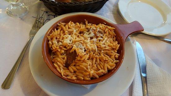 Piatto tipico cucina greca foto di alexandros restaurant divarata tripadvisor - Piatti tipici della cucina greca ...