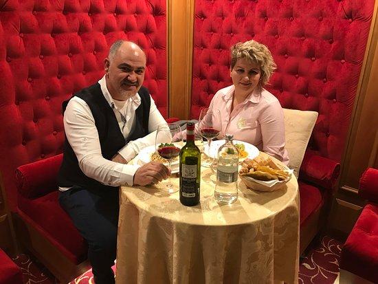 Golden Tower Hotel & Spa : anniversario di 20 anni di matrimonio e san valentino passati bellisimo in questo hotel.