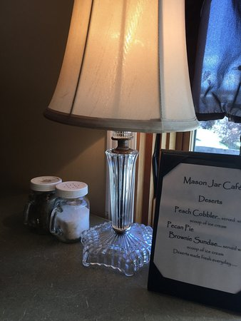 Mason Jar Cafe: photo2.jpg