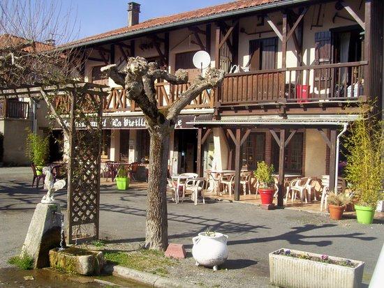La vieille auberge saint bertrand de comminges ville - La cuisine de bertrand ...