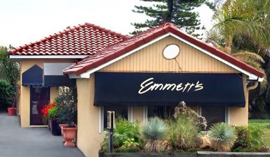 Englewood, FL: Emmett's Salon & Spa