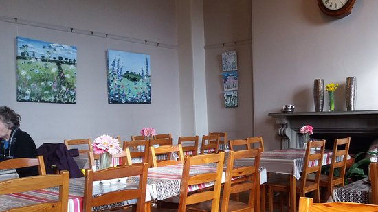 Crickhowell, UK: The quiet before the lunch rush