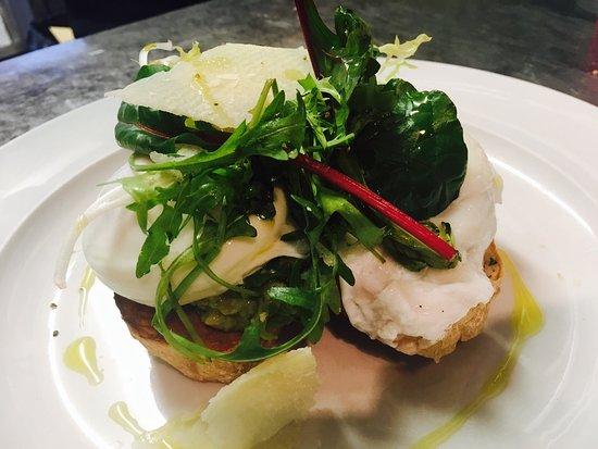 Jones' Cafe Bistro: New breakfast items vegan breakfast, veg breakfast, gluten free breakfast, avocado brunch, chori