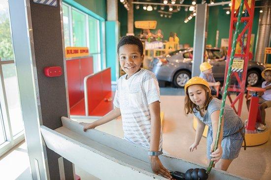 Mississippi Children's Museum: Build in World at Work
