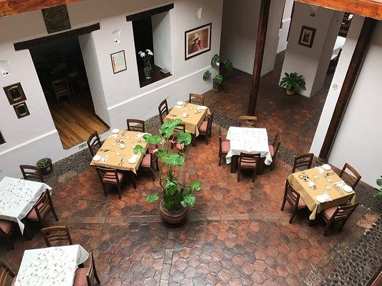 Casa Ordonez: View of breakfast area