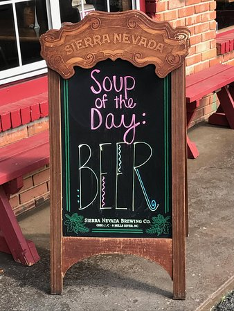 Wells Brothers Bar and Grill: Awesome Soup of the Day