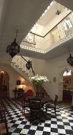 La Tangerina: Entry foyer