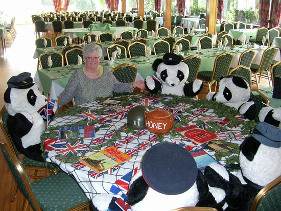 Templestowe Hotel: Special guests in the dining room!