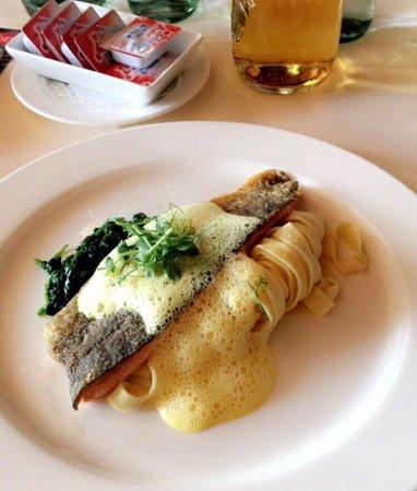 Restaurant Alte Rheinmuehle: Mittagsmenü (Salat wurde nicht fotografiert)