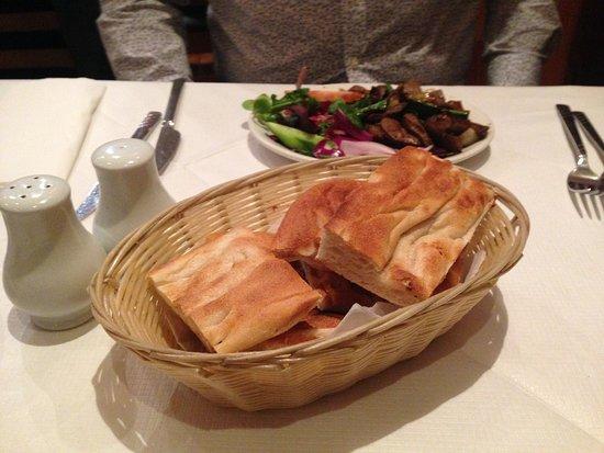 Selale Restaurant: Delicious bread