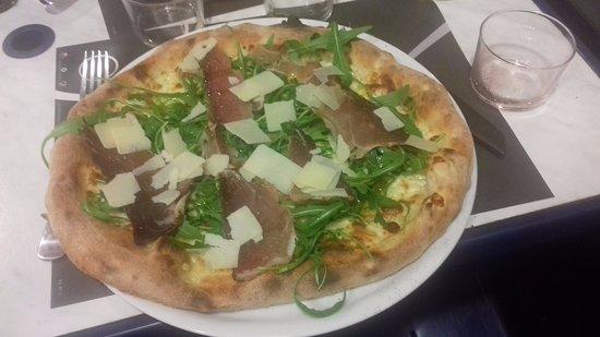 Monclar-de-Quercy, Frankrike: Pizza Montanara