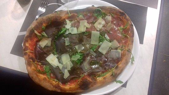Monclar-de-Quercy, Frankrike: Pizza Parma