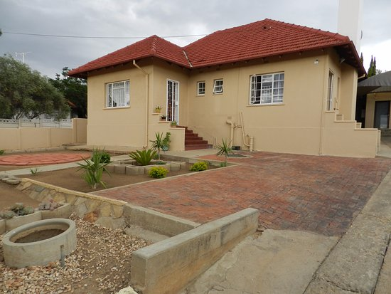 Emerald Bed And Breakfast Windhoek Contact Details