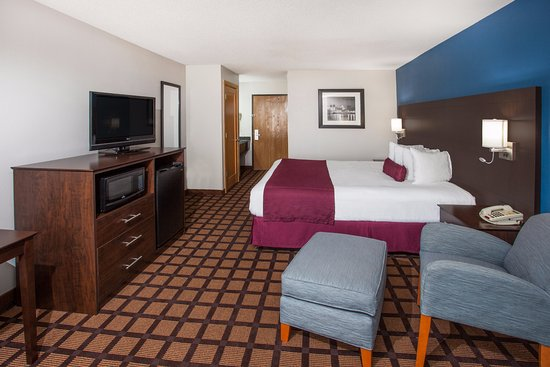 Baymont Inn & Suites Morton: welcome to Baymont inn and suites Morton il