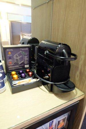 WestCord WTC Hotel Leeuwarden : Nespresso Machine inside the room