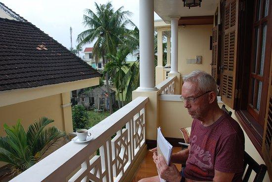 Hygge på terrassen. - Picture of Royal Lotus Hotel Danang, Da Nang ...