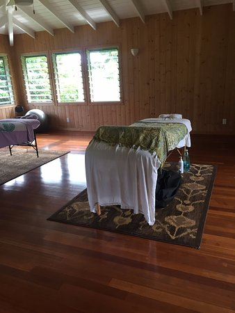 Couples Massages available at our Kilauea Garden Massage Studio