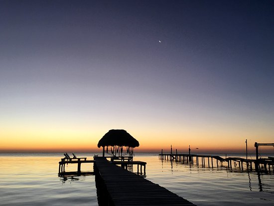 Barefoot Beach Belize: photo3.jpg