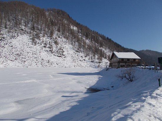 Siror, Italy: Lago di Calaita - Albergo ristorante Miralago