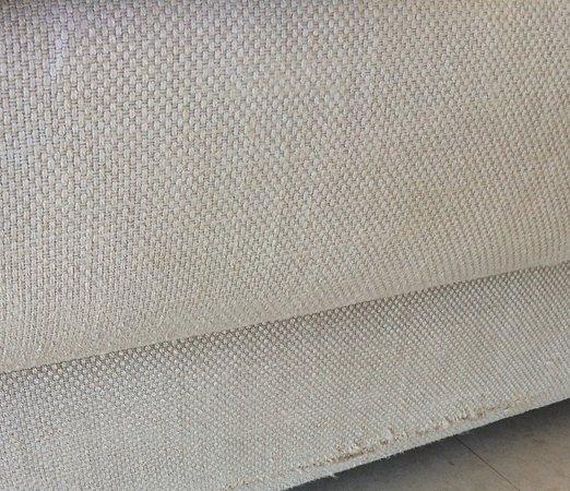 Lindos Blu: Snagged sofa