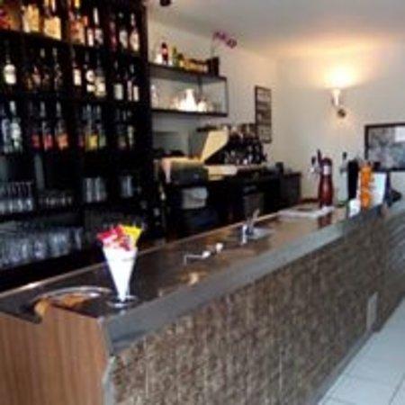 Puimichel, ฝรั่งเศส: le bar