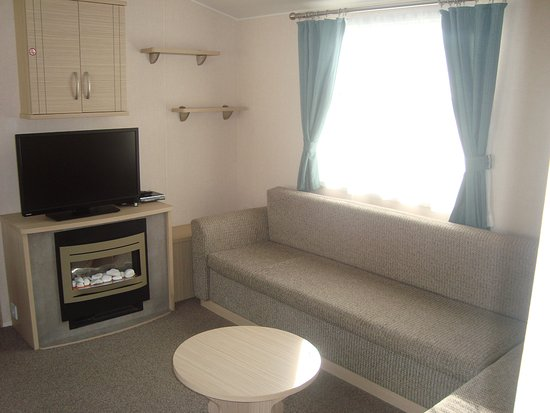 lunge / dining / kitchen - Picture of Cherry Tree Holiday Park ...